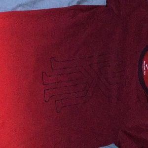 Kyrie Irving t shirt